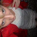 used-panties-red-coat-02